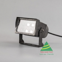 FLOOD LIGHT MODEL E